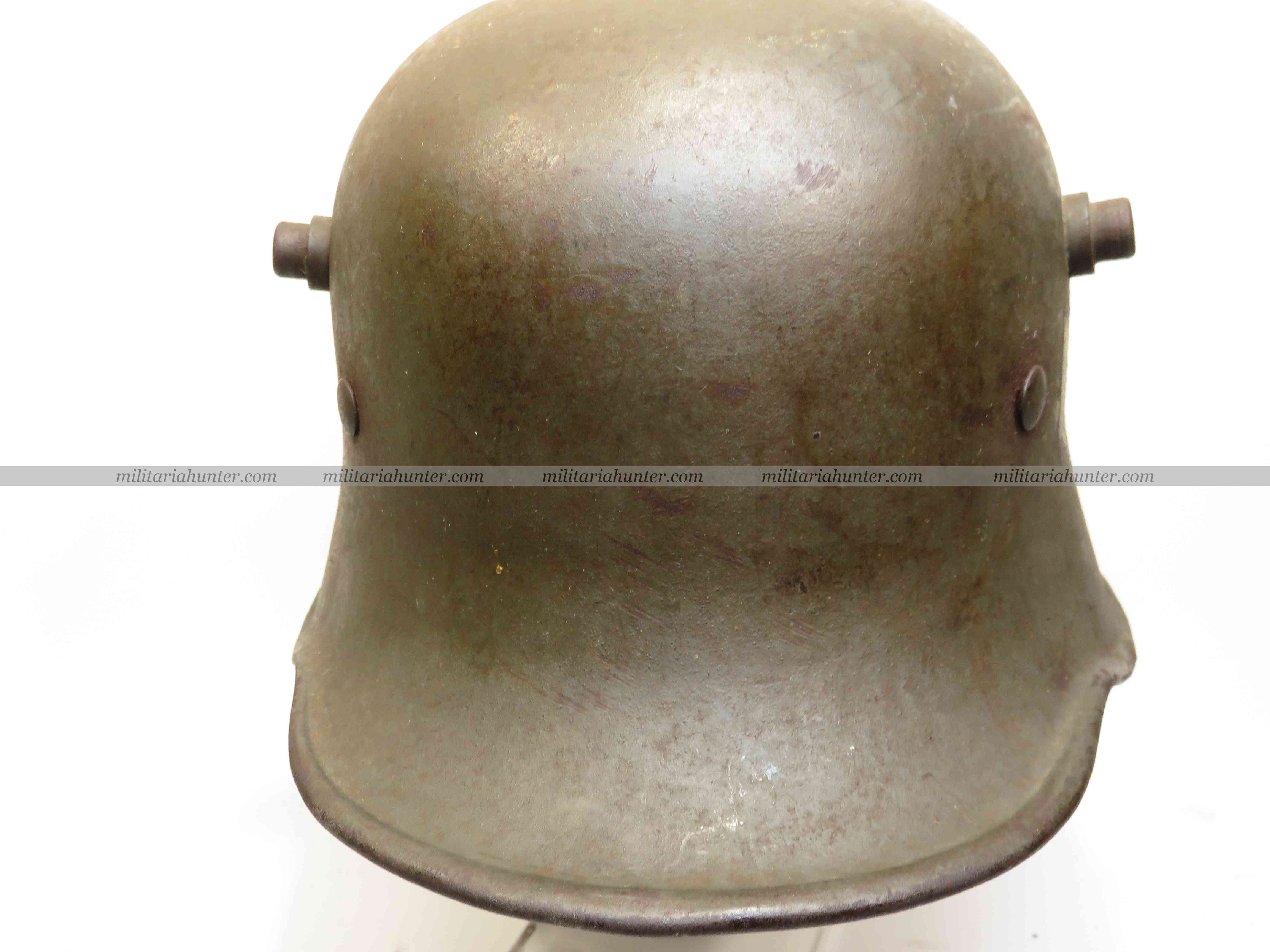 militaria : ww2 german refurbished M18 helmet - Stahlhelm M18 reconditionné Heer
