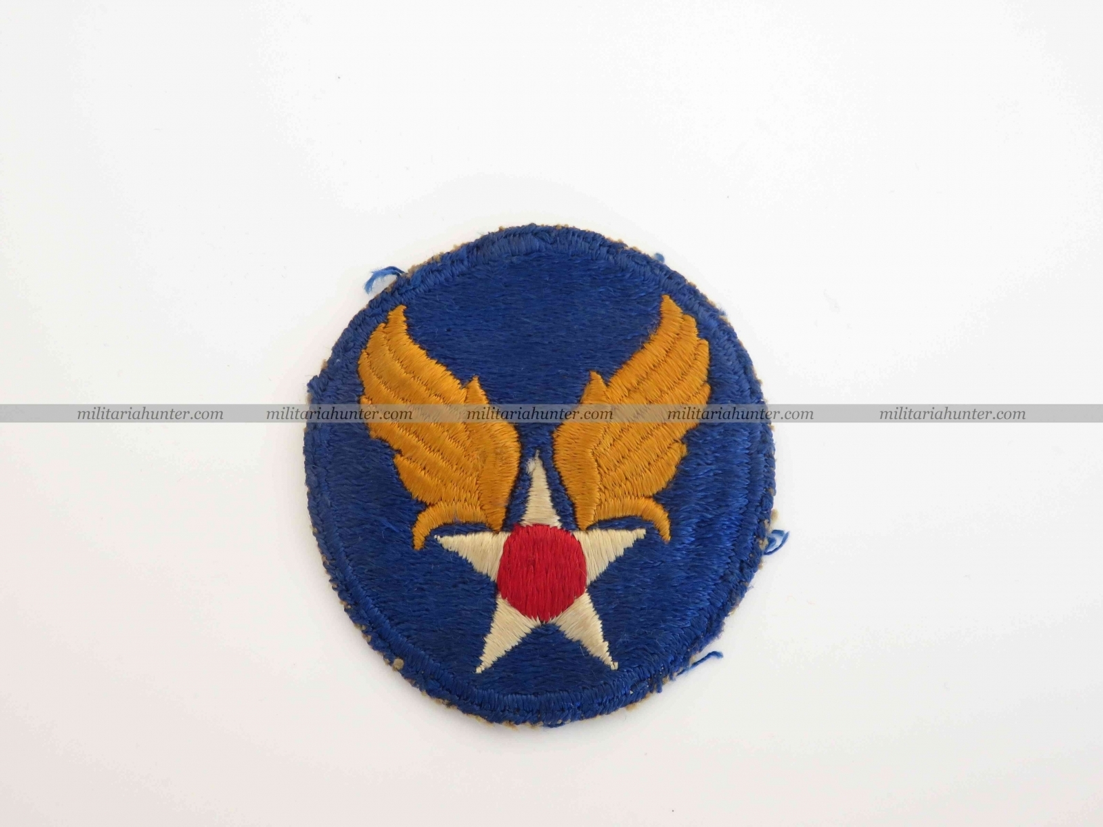 militaria : Original ww2 Army Air Force badge cut edge