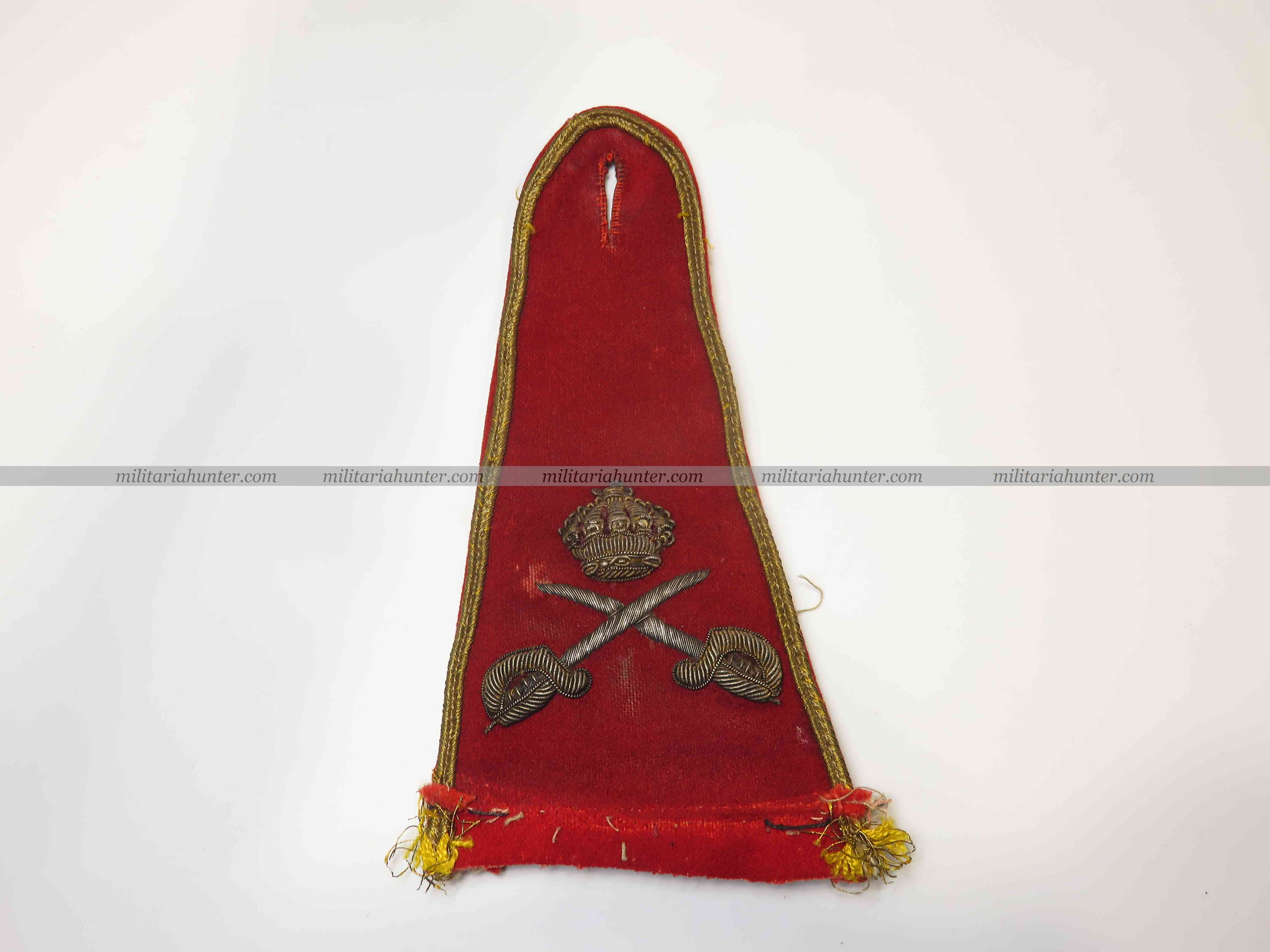 militaria : Edwardian scarlet uniform physical instructor shoulder strap