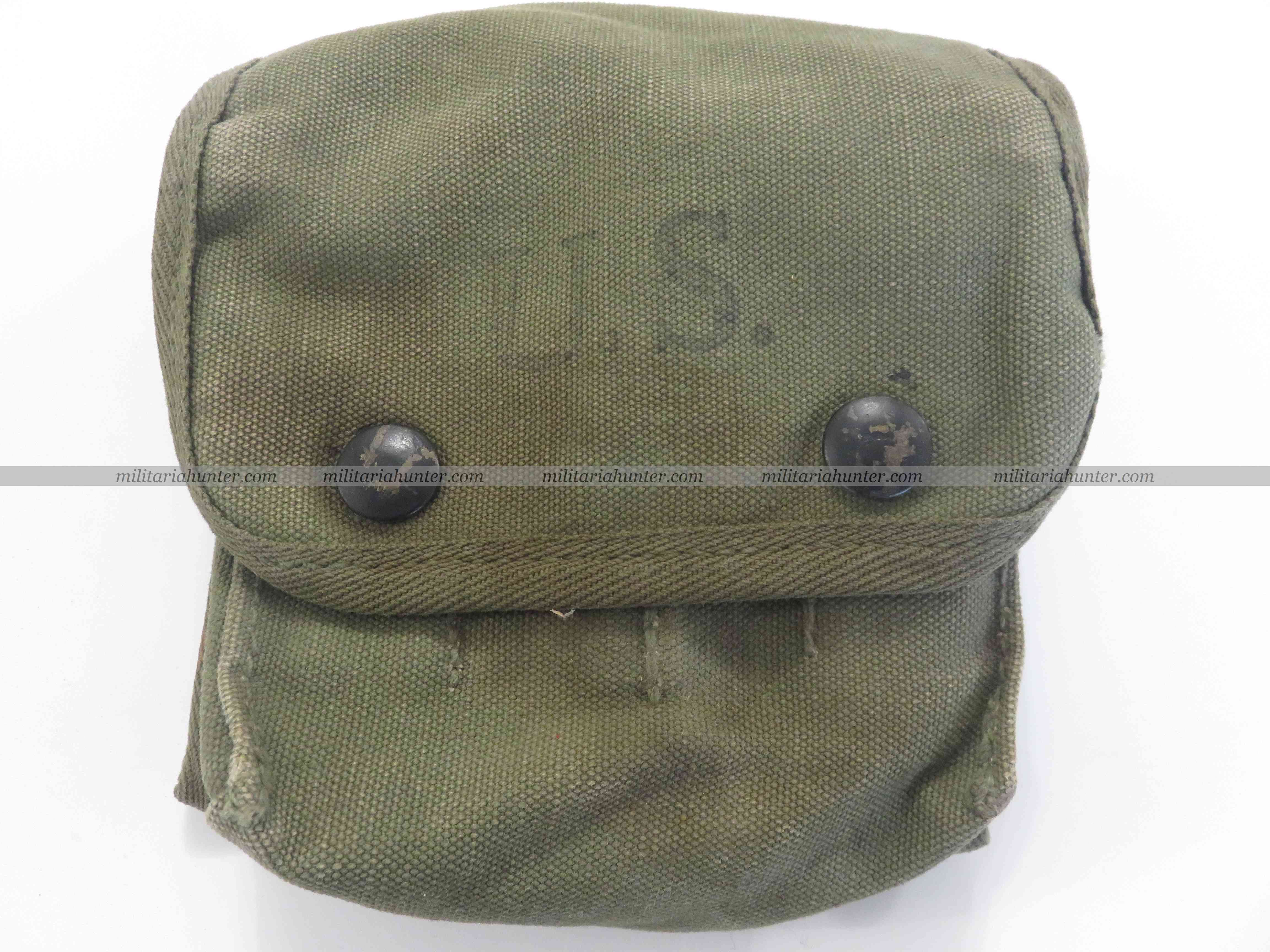 militaria : ww2 & Vietnam Kit Jungle Medical pouch 1945