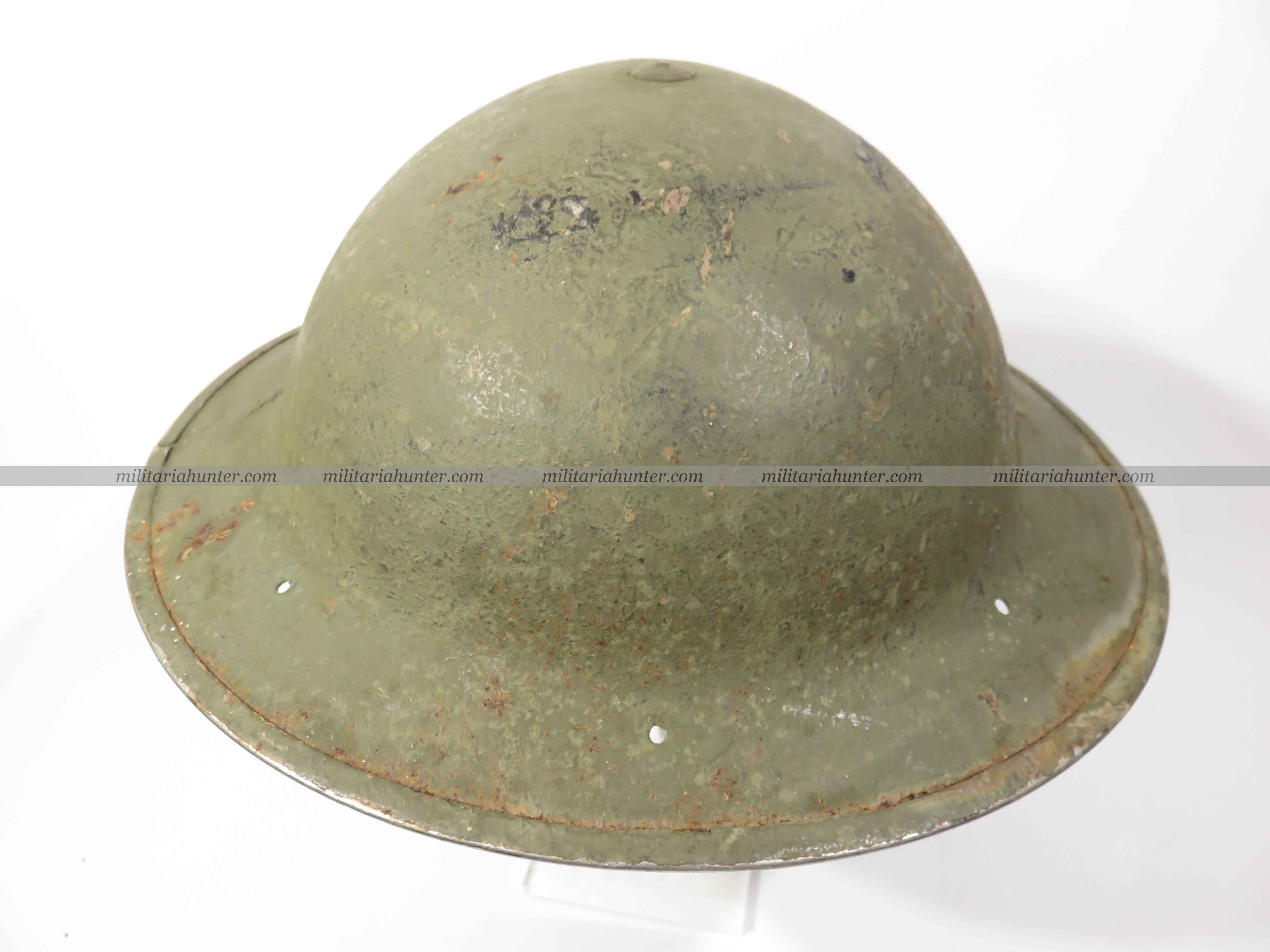 militaria : ww2 South African MkII helmet 1942 sand finish + US green paint